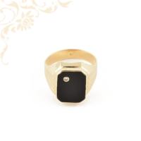 Gyémánttal és ónix lappal díszített férfi arany pecsétgyűrű