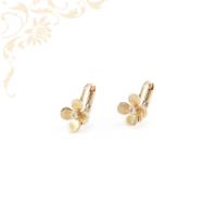 Virág formájú, csillogó fehér színű cirkónia kővel díszített, köves arany gyermek fülbevaló.