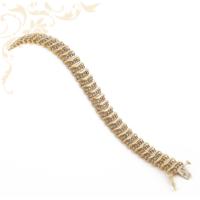 Gyönyörűségesen szép, 14 karátos arany karkötő 200 db briliáns csiszolású gyémánttal ékesítve