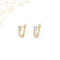 Szívecskés gyermek arany fülbevaló, gyönyörű kék színű szintetikus és fehér színű cirkónia kövekkel díszítve