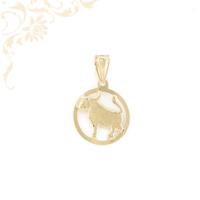 Kör alakú, áttört horoszkópos arany medál, melynek közepét bika zodiákus jegy díszíti.