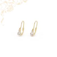 Fehér színű cirkónia kővel és ródium bevonattal díszített, gyermek arany fülbevaló.