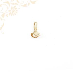 Arany kagyló medál, tenyésztett gyönggyel ékesítve