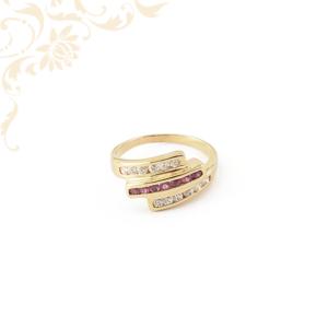 Női rubin köves arany gyűrű cirkónia kövekkel