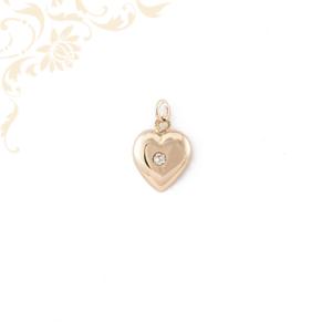 Szív alakú női arany medál gyémánttal ékesítve