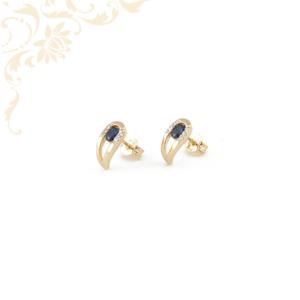 Zafírral és gyémántokkal ékesített arany fülbevaló