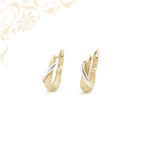 Ródium bevonattal díszített, női arany fülbevaló