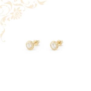 Gyémántvésett mintával díszített stekkeres arany fülbevaló