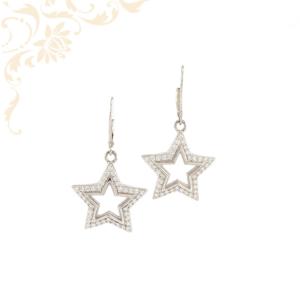 Csillag formájú, fehér színű cirkónia kövekkel díszített, lógós női ezüst fülbevaló