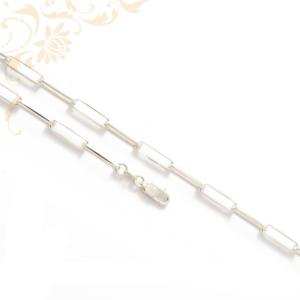 Hosszú fazonú, női ezüst nyaklánc