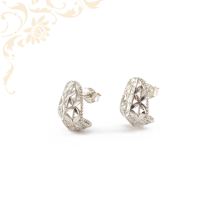 Áttört mintás, ezüst női fülbevaló
