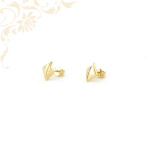 Nagyon elegáns, kis súlyú stekkeres arany fülbevaló