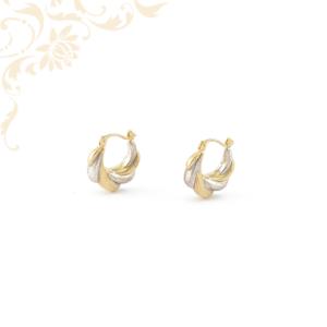 Igazán szép és nagyon mutatós, üregesnői arany karika jellegű fülbevalóródium bevonattal díszítve