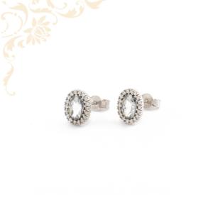 Fehér színű cirkónia kövekkel díszített, arany fülbevaló