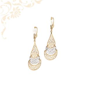 Nagyon szép és elegáns, áttört mintás női arany fülbevaló, ródium bevonattal díszítve.