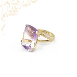 Csodálatosan szép női köves arany gyűrű ametiszt utánzatú kővel