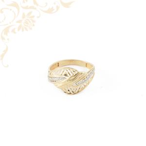 Áttört fejrészű női cirkónia köves arany gyűrű