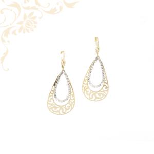 Exkluzív megjelenésű női lógós-csüngős arany fülbevaló, áttört mintával, gyémántvésett mintával és ródium bevonattal díszítve.