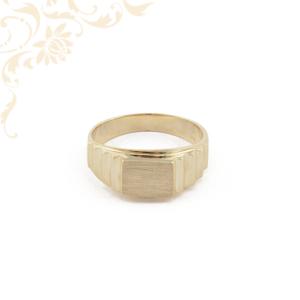 Féri arany pecsétgyűrű