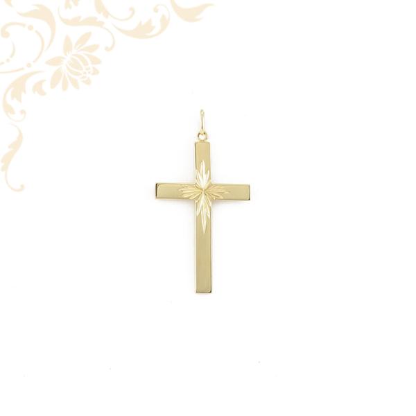 Gyémántvésett mintával díszített, arany kereszt medál