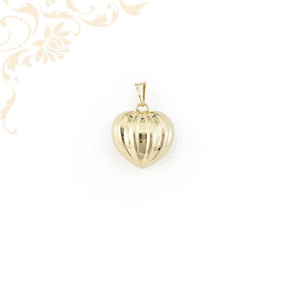 Üreges arany szív medál (3D).