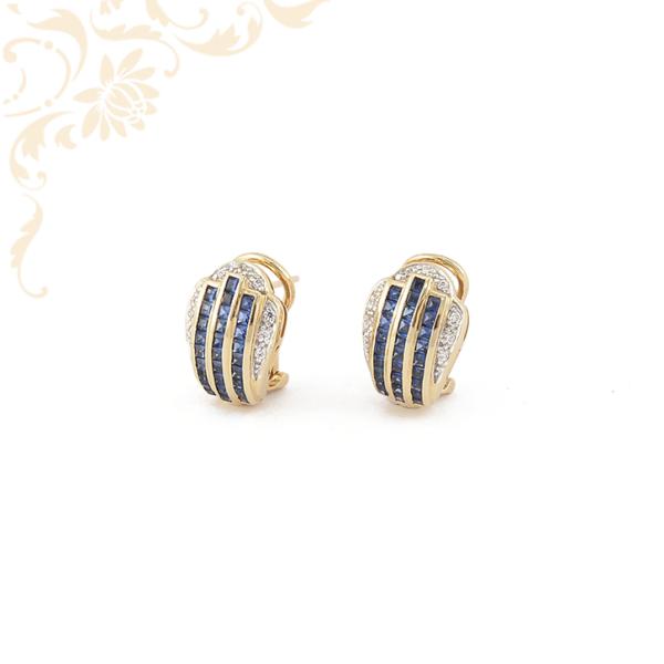Női arany fülbevaló kék színű szintetikus, fehér színű cirkónia kövekkel díszítve