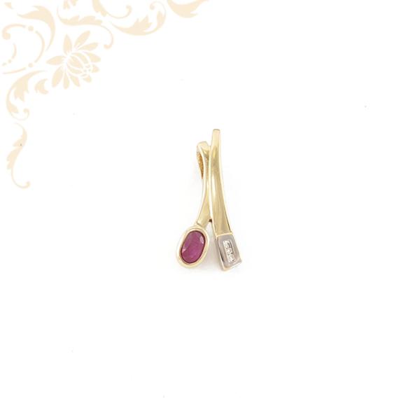 Rubin és gyémánt köves női arany medál