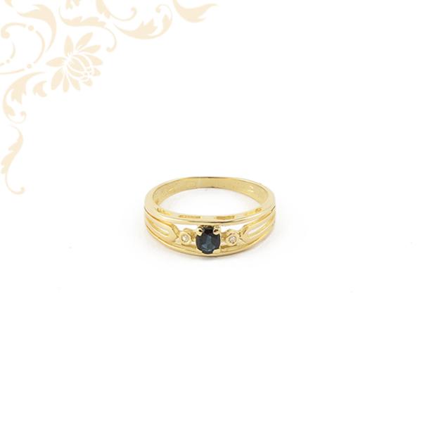 Női arany gyűrű gyémántokkal és zafír kővel ékesítve