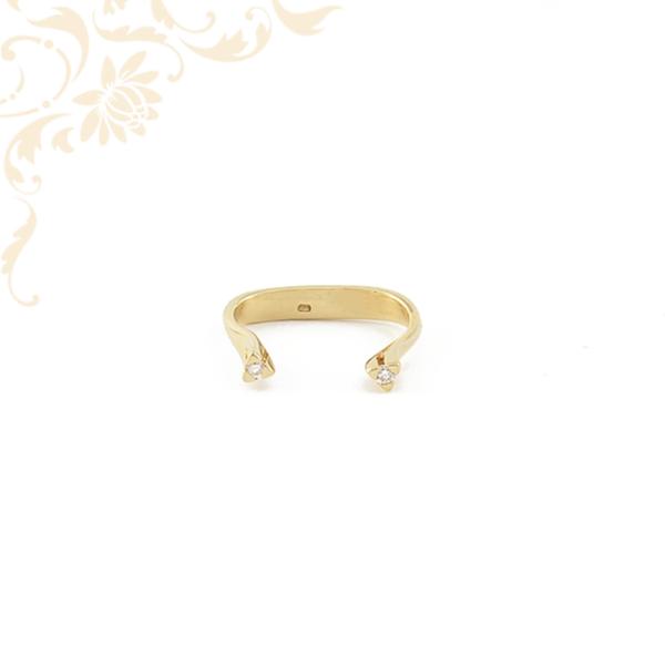 Nyitott fazonúnői arany gyémántköves gyűrű.
