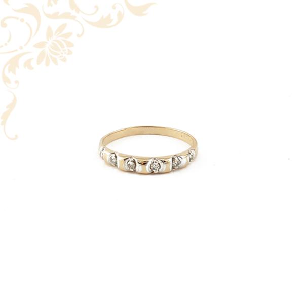 Gyémántköves női arany gyűrű