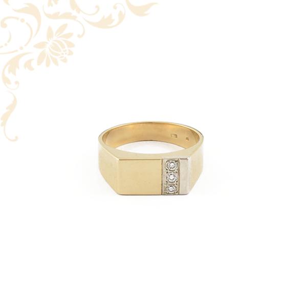 Brilliáns csiszolású gyémánttal ékesített férfi arany pecsétgyűrű