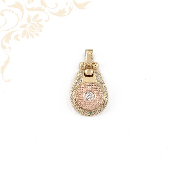 Gyémántokkal ékesített női arany medál