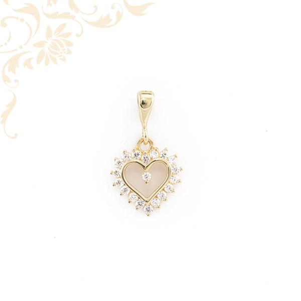 Szív medál cirkónia kövekkel 14 karátos aranyból