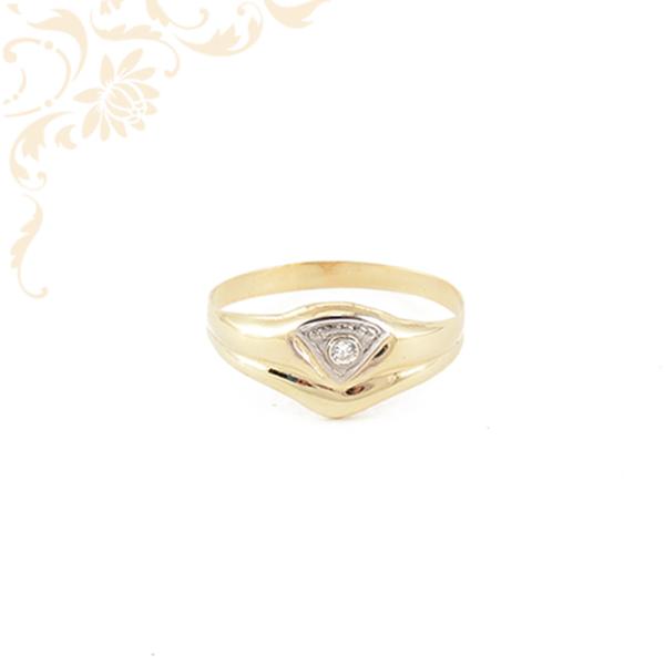 Kis súlyú, cirkónia köves női arany gyűrű