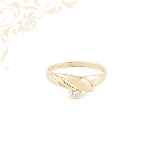Nagyon elegáns cirkónia köves női arany gyűrű