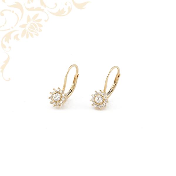 Cirkónia köves virág formájú arany fülbevaló