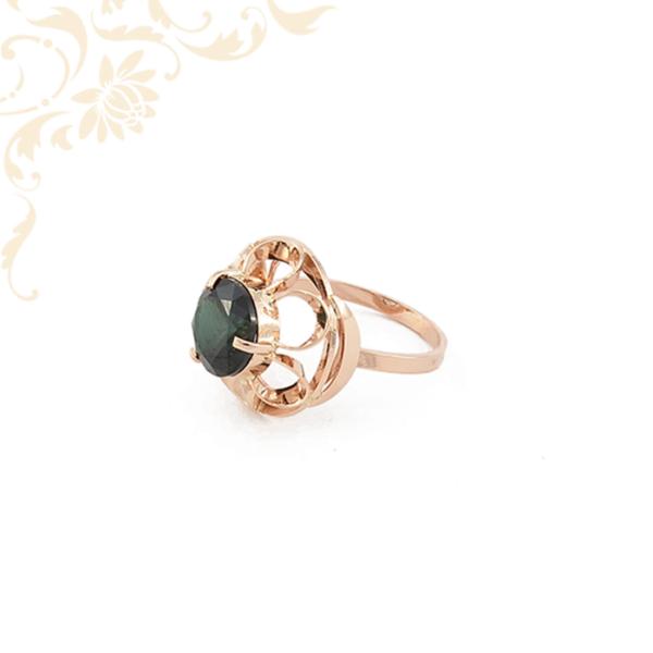 Zöld köves női arany gyűrű