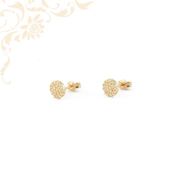 Kör alakú arany fülbevaló, fehér színű cirkónia kövekkel ékesítve