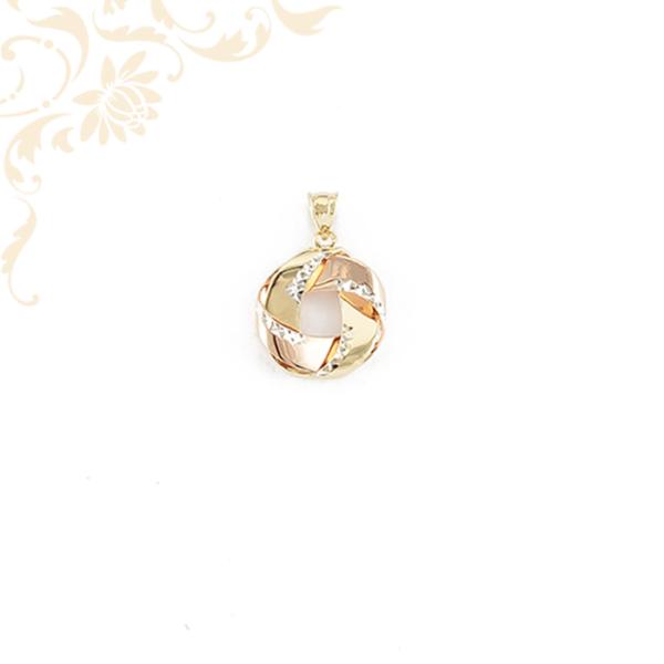 Női arany medál, gyémántvésett mintával és ródium bevonattal díszítve.