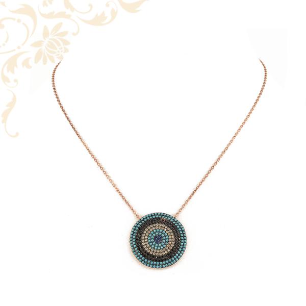 Anker fazonú ezüst nyaklánc, rozé aranybevonattal és színes szintetikus kövekkel díszített medállal ékesítve