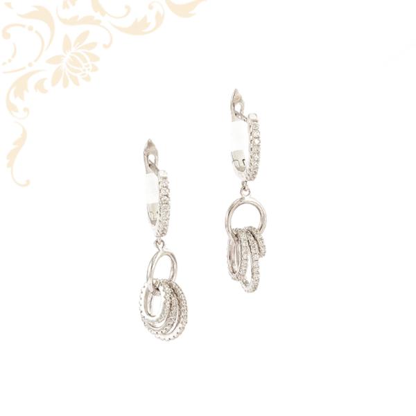 Fehér színű cirkónia kövekkel díszített, lógós női ezüst fülbevaló