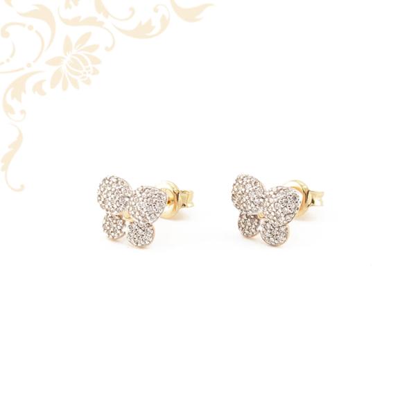 Csillogó pillangó arany fülbevaló, fehér színű cirkónia kövekkel kirakva