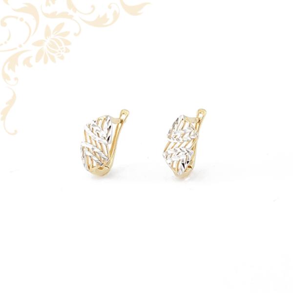 Áttört mintás női arany fülbevaló
