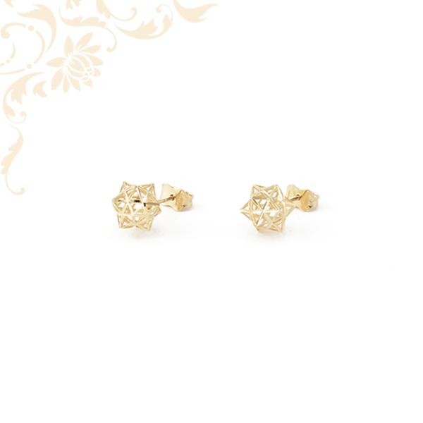 Nagyon szép és elegáns, áttört csillag formájú (3D) arany fülbevaló