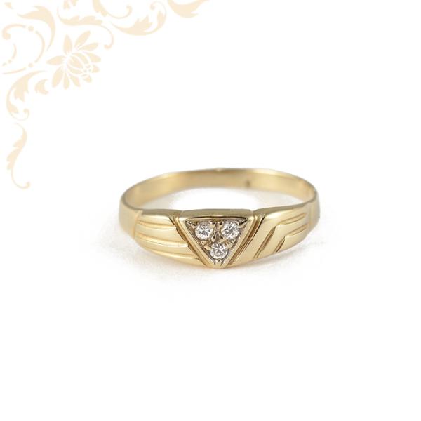 Finom vonalú, női köves arany gyűrű