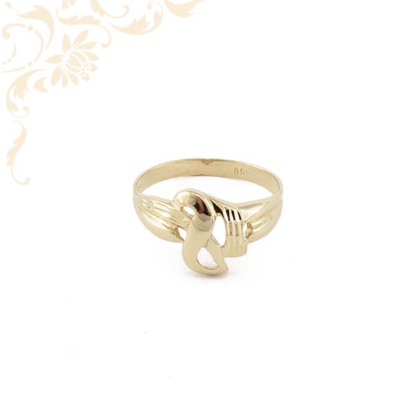 Áttört, gyémántvésett mintával díszített női arany gyűrű