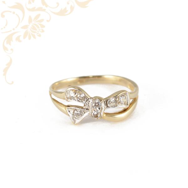 Elegáns női köves arany gyűrű