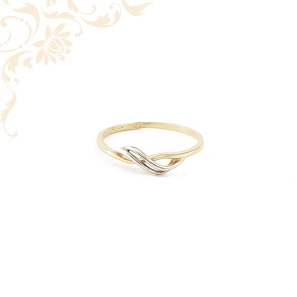 Hullámos vonalvezetésű női arany gyűrű