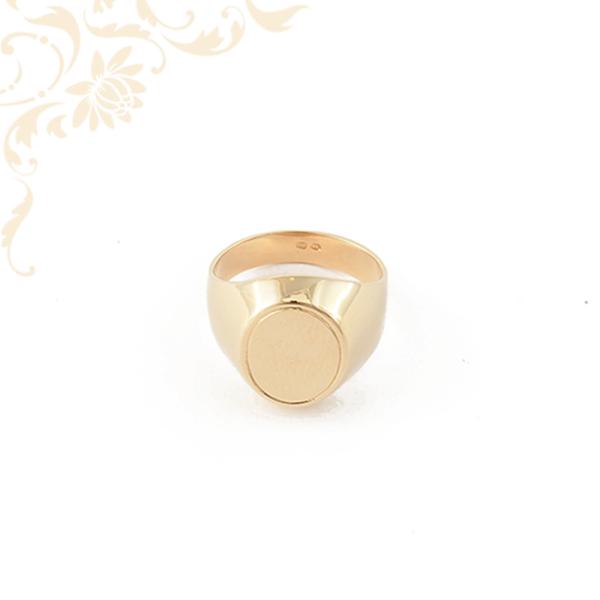 Arany pecsétgyűrű.