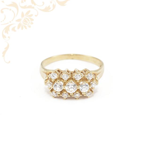Cirkónia köves női arany gyűrű.